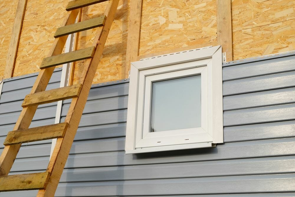 Installing Vinyl Siding Around Windows