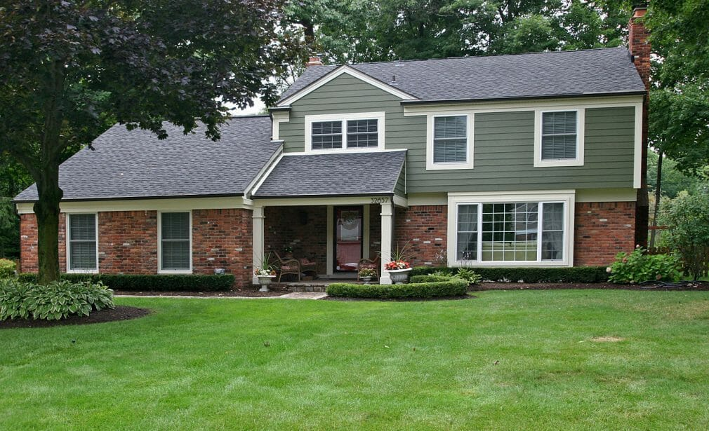 Exterior home siding - installation cost in Oakville