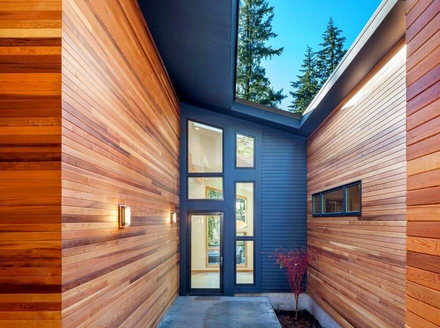 Exterior wood siding - best company in Calgary