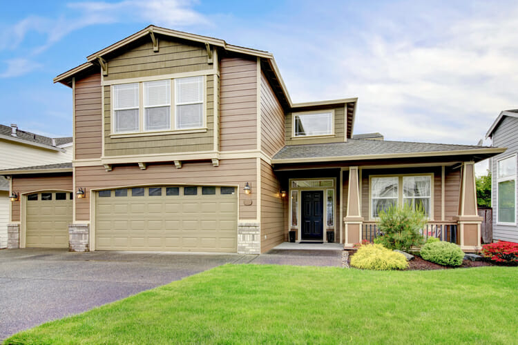 Installation Engineered wood siding for your home in Calgary