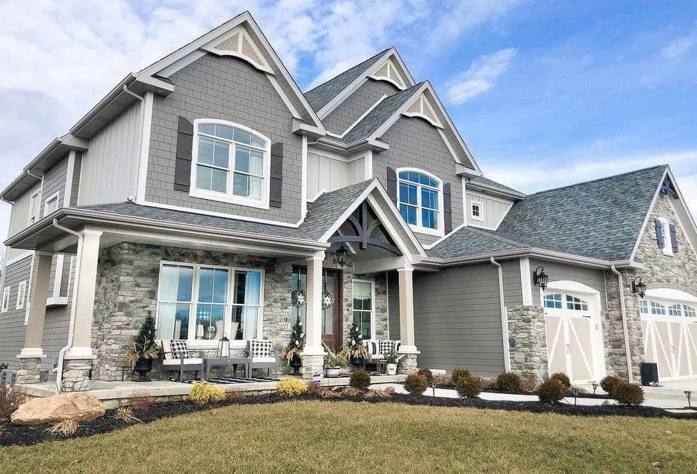 Exterior home siding - installation cost in Calgary